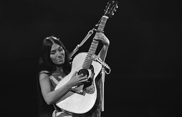 buffy-sainte-marie-1968